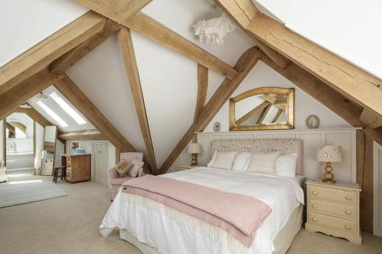 casa pe structura de stejar din UK