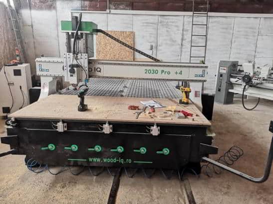 CNC 2030 Pro +4 Wood IQ gravură în lemn