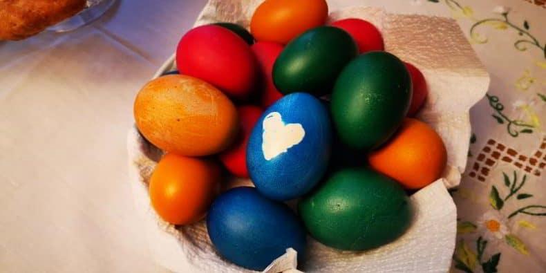 oua vopsite de Paște 2020