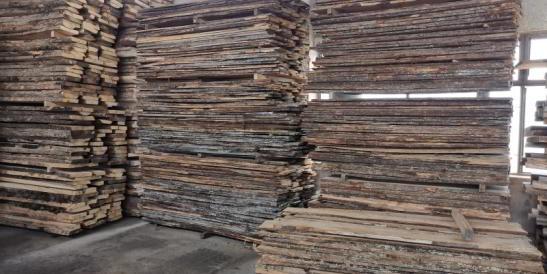 scandura de podele depozit de cherestea Towa