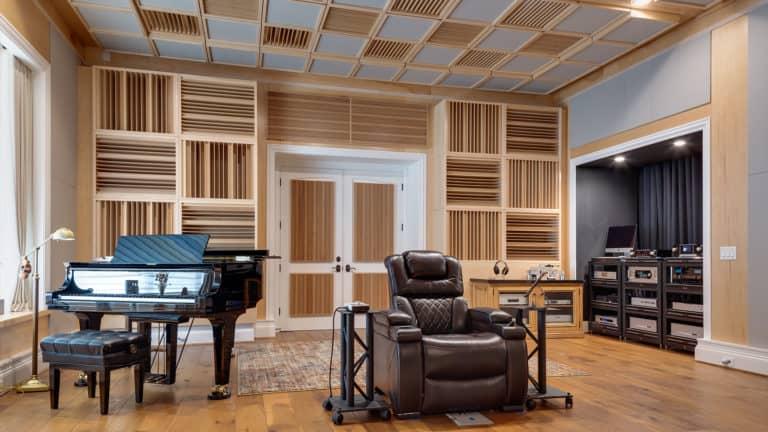 camera de auditii cu Sound Diffuser