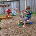 excavator din lemn cu 2 manete 100 usd